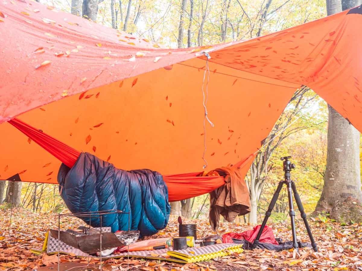 ハンモック泊のテントサイト
