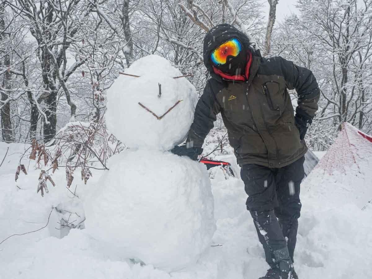 雪だるまとシオさん