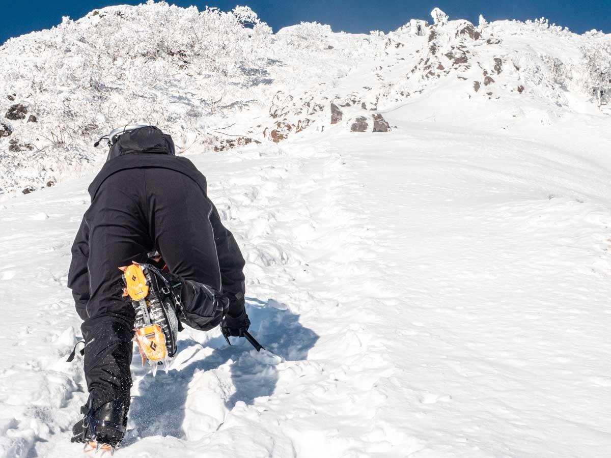 阿弥陀岳を登る