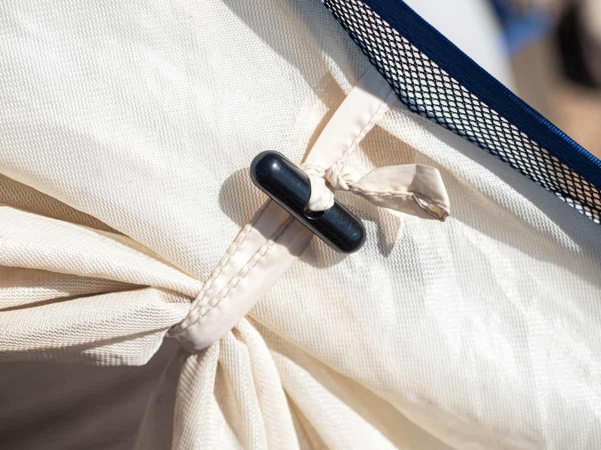 プロモンテ VL25 テント 入口固定のロープが長い