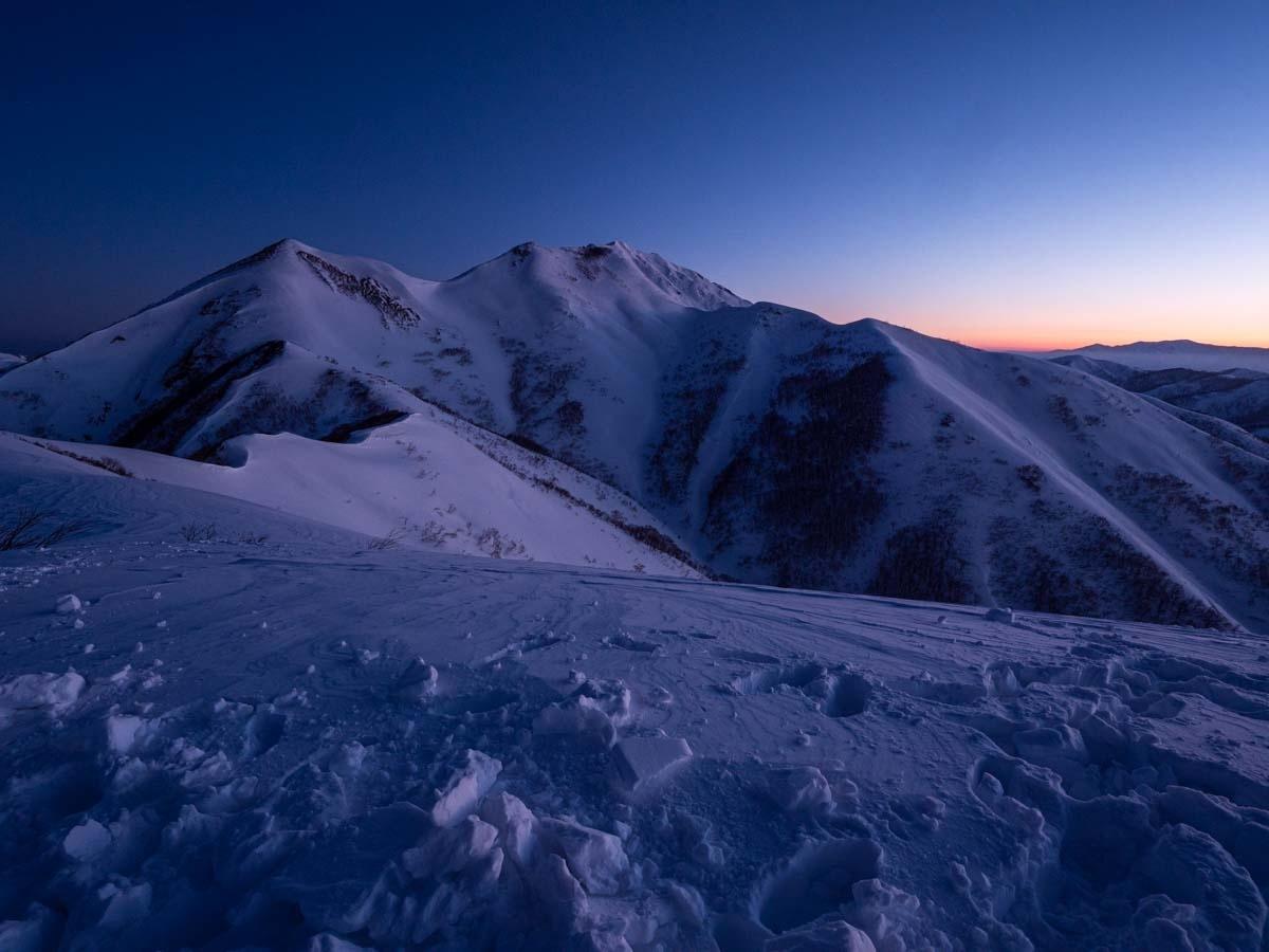 笠ヶ岳 朝日岳の日の出