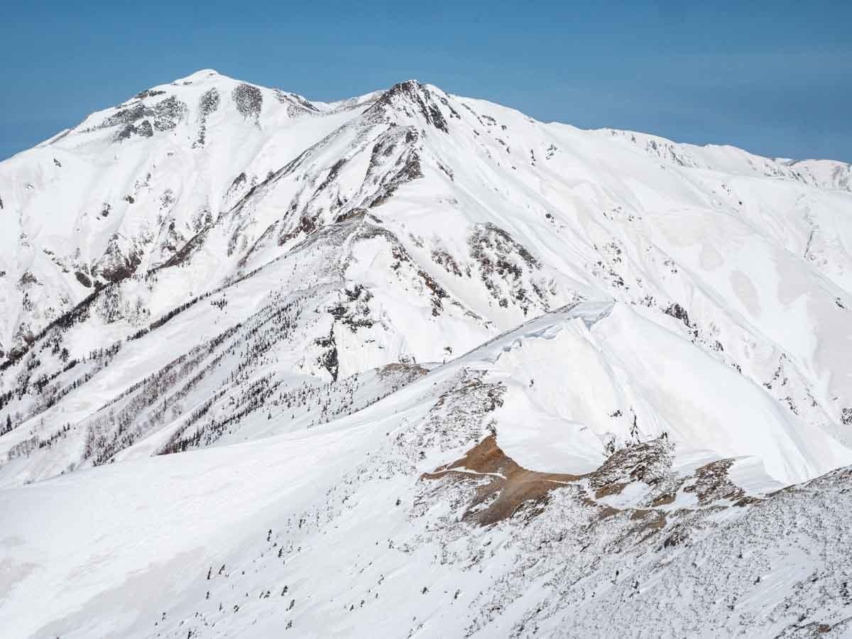 白岳から見た唐松岳
