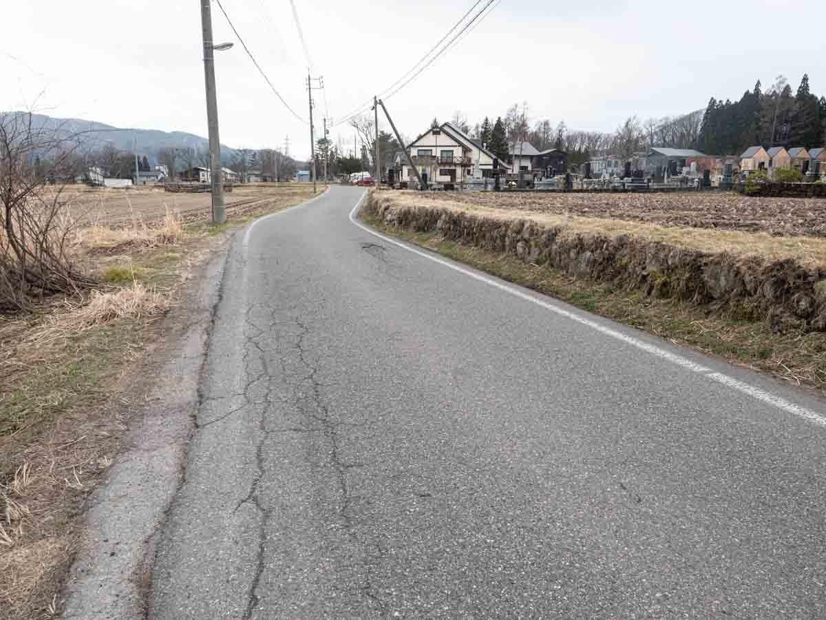 白馬の道路