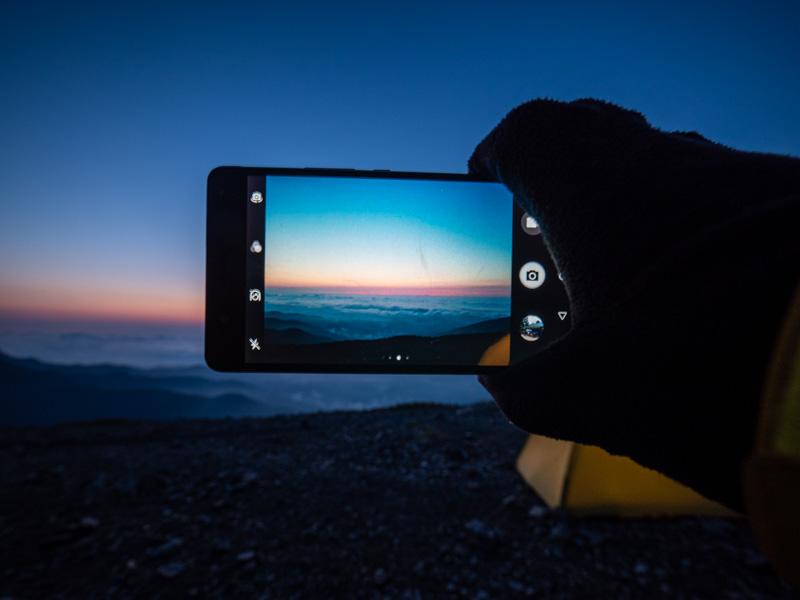 スマホで夜景を撮影