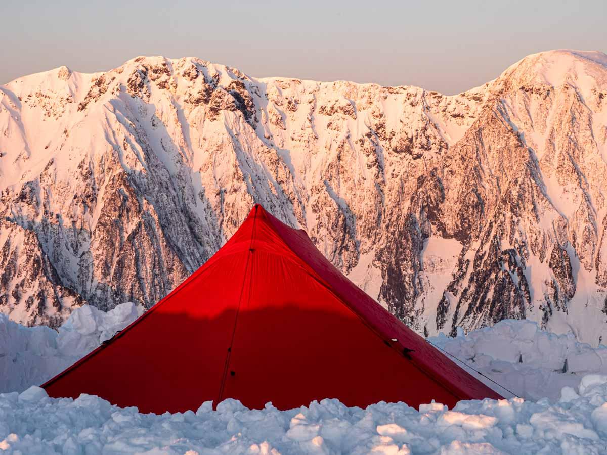 冬山のモルゲンロート