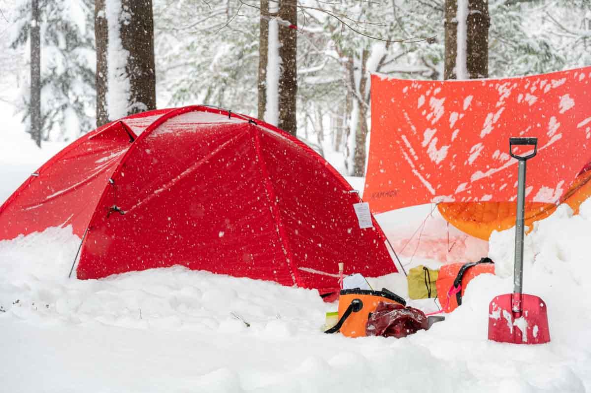 雪の積もる 冬キャンプ
