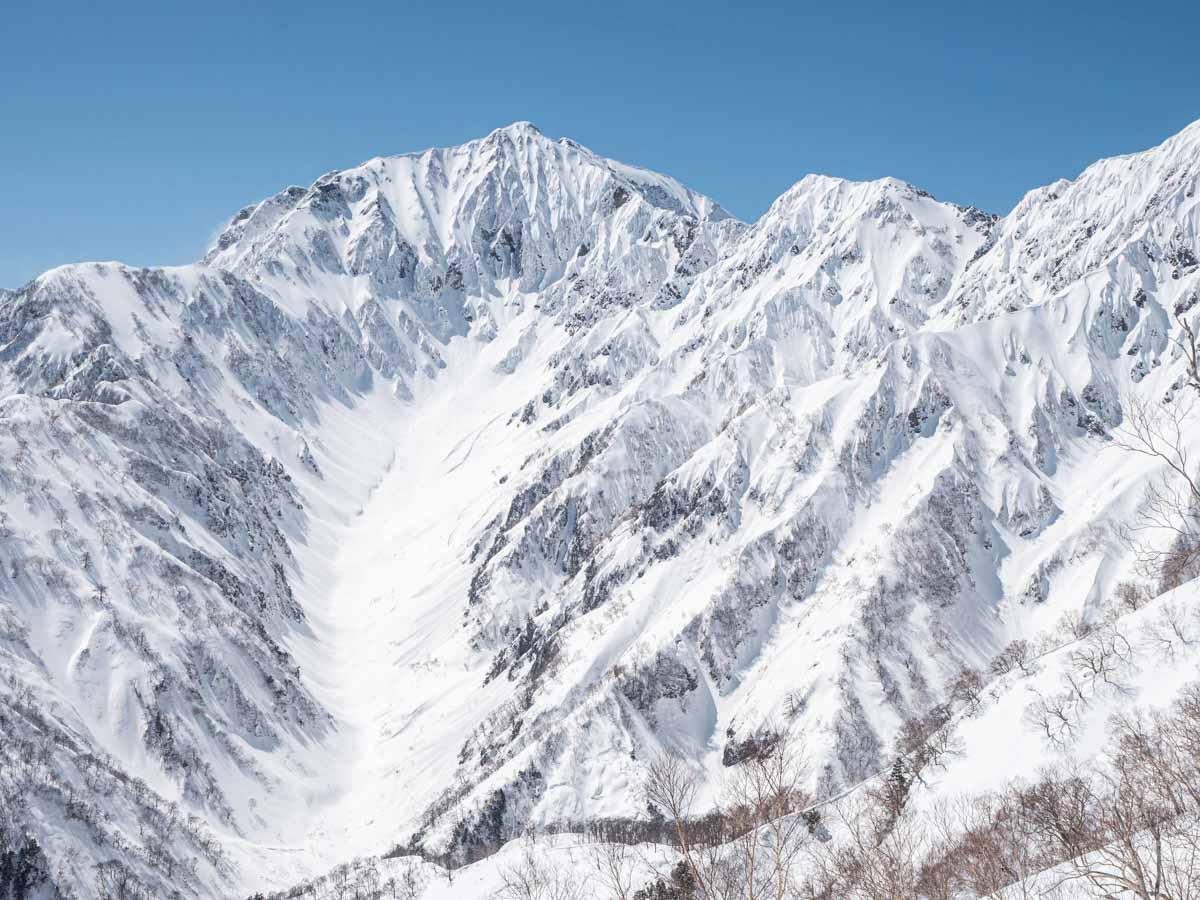 カクネ里雪渓
