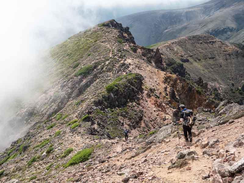 旭岳から富良野岳へ縦走
