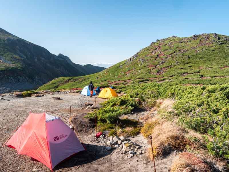黒岳石室のテント場