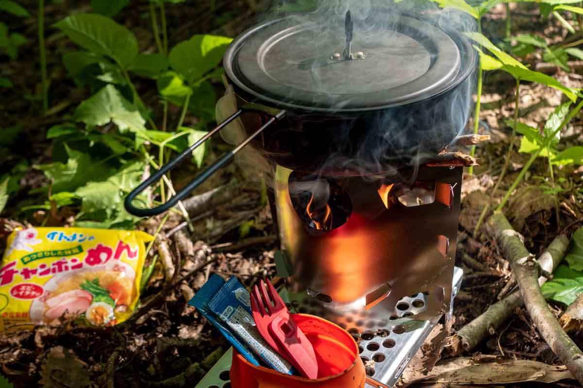 焚き火でエバニュー ULパン#16