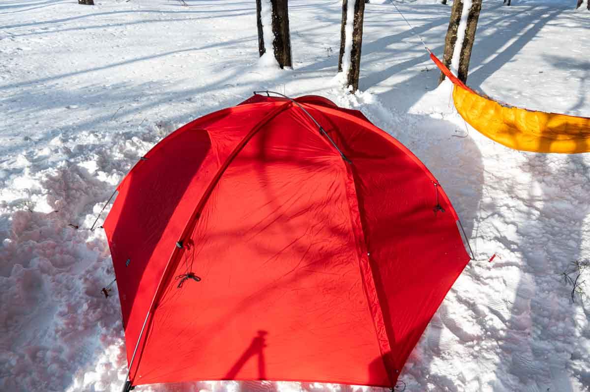 ダッフルバッグ キャンプ