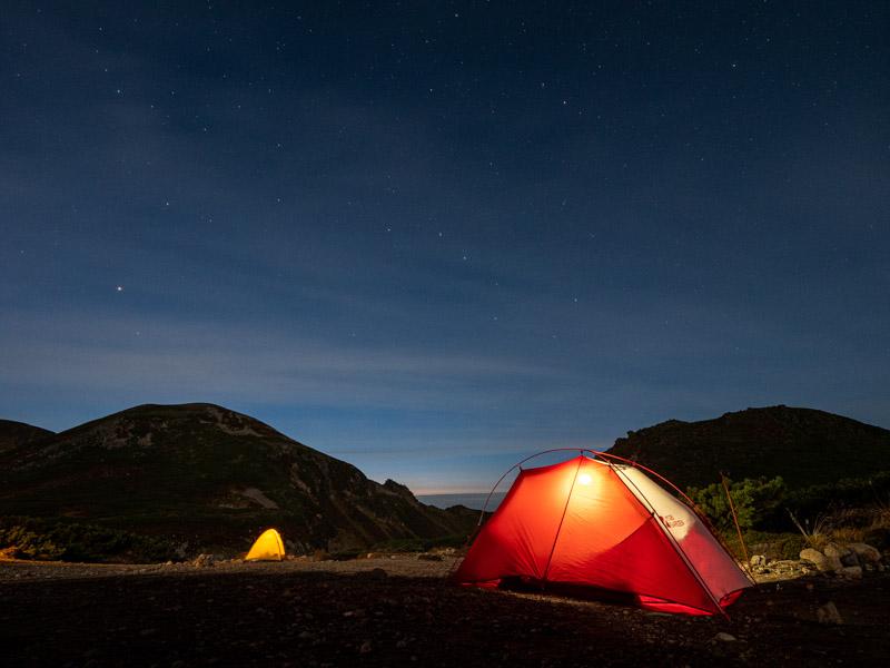 黒岳石室 テン場の夜