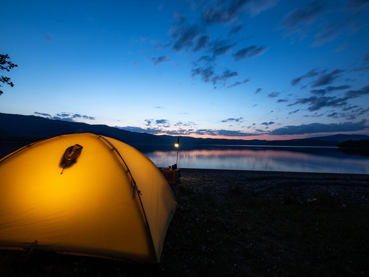 キャンプと夕日