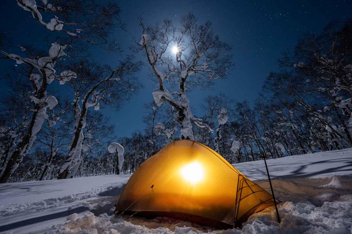 テントと夜空